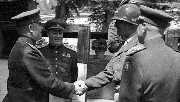 Извращение истории накануне Дня Победы: как это делается
