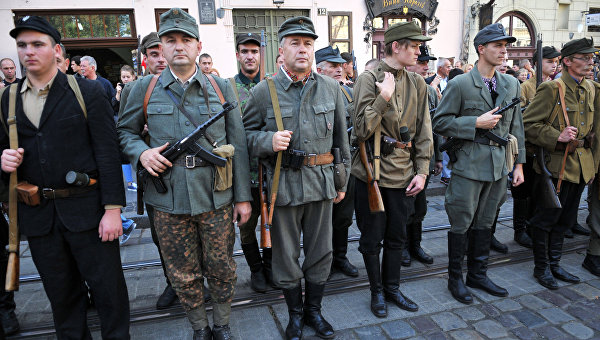 В Киеве уже дошли и до дерусификации Великой Отечественной войны