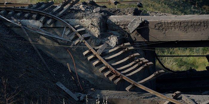 В Одессе ночью произошел взрыв на железнодорожном мосту