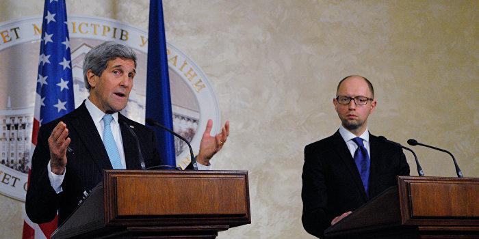 Яценюк возмущен встречей Керри с Путиным и Лавровым в Сочи