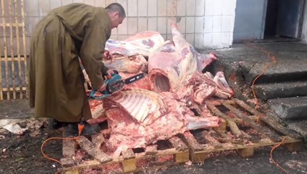 Блогер рассказал, чем кормят военнослужащих на Украине