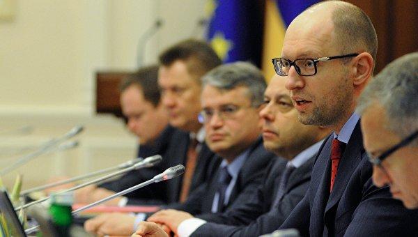 Луценко: Готовятся существенные увольнения в Кабмине