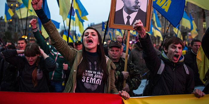 Украинские «патриоты» восторженно поддерживают в Facebook пытки ополченца