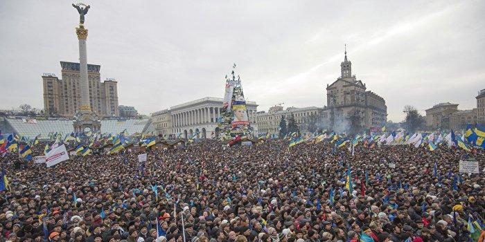 Рыбчинский: Украинская власть сама ведет страну к третьему Майдану