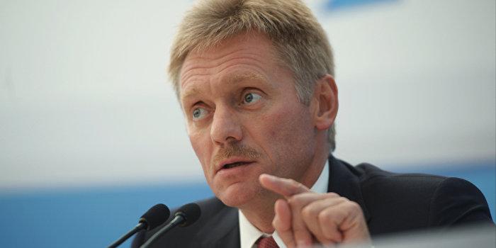 Песков: Кремль считает неуместной постановку вопроса о вероятности вторжения РФ на Украину