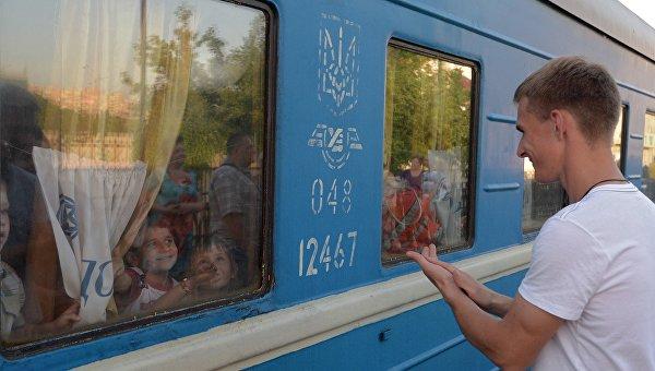 Поезд ехал на восток