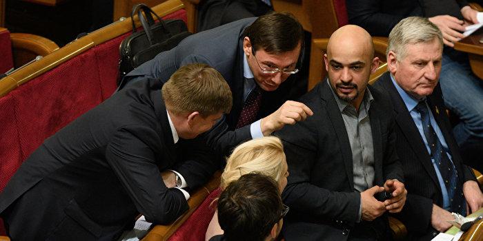 Инициатор «Евромайдана» Мустафа Найем отменил поездку в Россию
