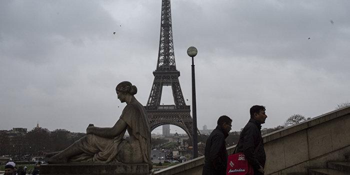 В Париже началась масштабная акция противников пенсионной реформы Макрона