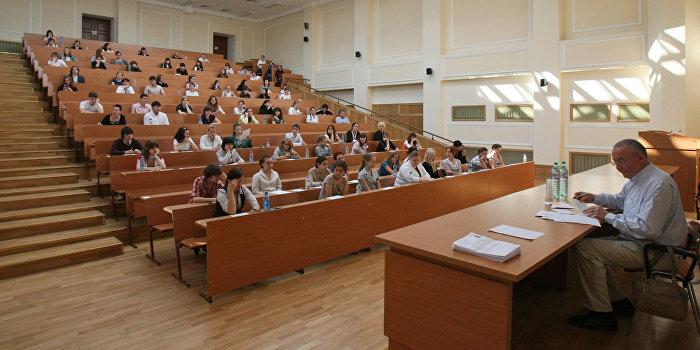 На Украине абитуриентов могут обязать сдавать экзамен по информационной безопасности