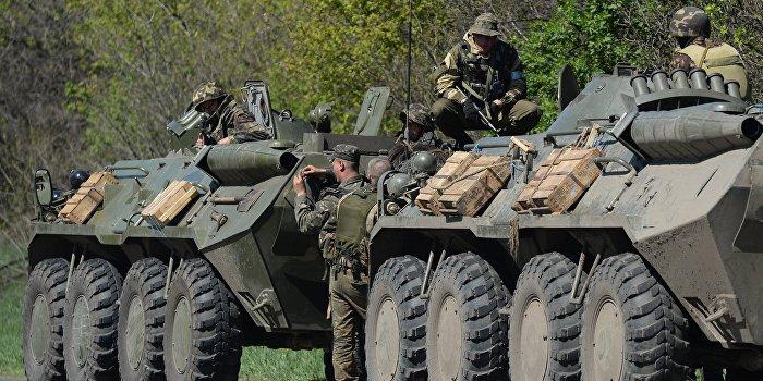 Киевские торговцы открыто распродают бронетехнику на улицах столицы