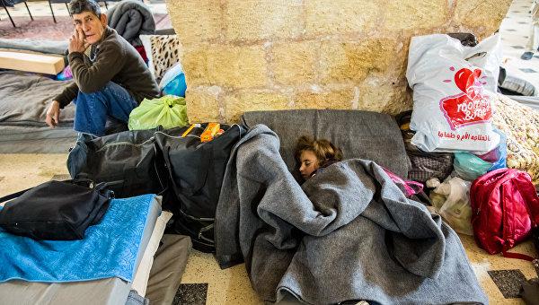 Великий исход. Власти Венгрии закрыли вокзал Будапешта из-за беженцев
