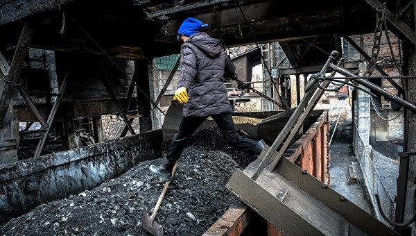 ДНР прекратила поставлять уголь на Украину