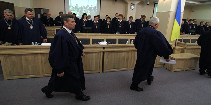 СМИ: Среди киевских судей началась эпидемия страха