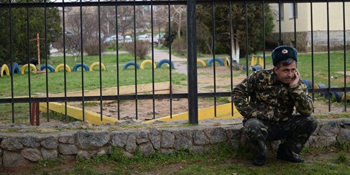 Порошенко: Запад отказал в военной помощи Украине из-за отсутствия украинской армии