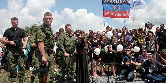 Захарченко призвал народ Донбасса готовиться к новой войне с Украиной