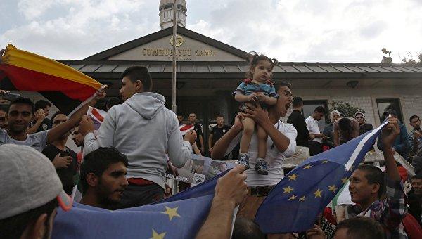 «Высокоморальная» Германия затрещала по швам, когда к ней устремился весь мир