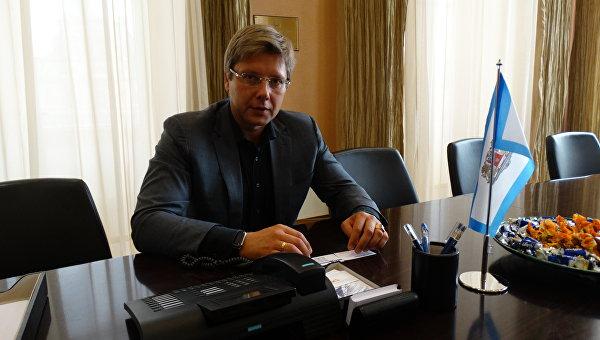 Нил Ушаков: Называющих нас пятой колонной отправляем по известному адресу