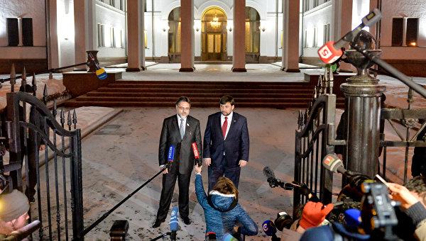 Ход конём: Донбасс пошёл навстречу, Киев в тупике