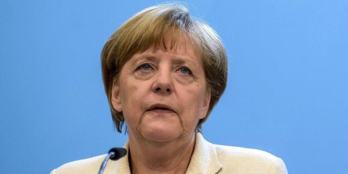 Меркель высказалась за участие Асада в переговорах по Сирии