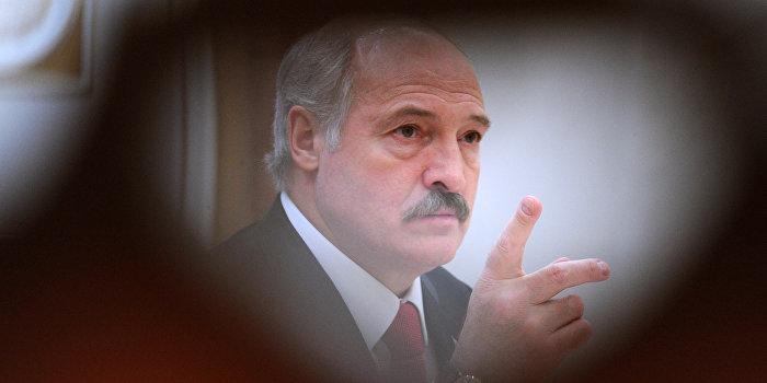 Лукашенко «не даст проползти мыши» с территории Украины