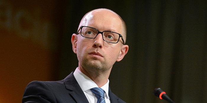 Суд обязал ГПУ открыть дело против Яценюка