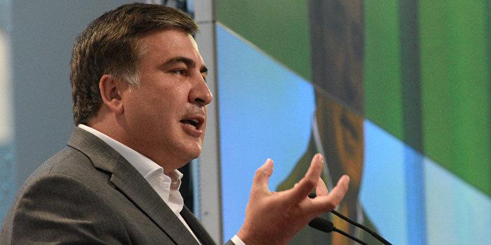 Саакашвили обвинил Яценюка в махинациях на таможне
