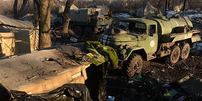 Муженко: Украинскую армию уничтожали иностранные агенты