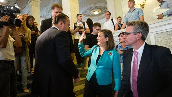 Bloomberg View: США и ЕС провалили проект «Украина»