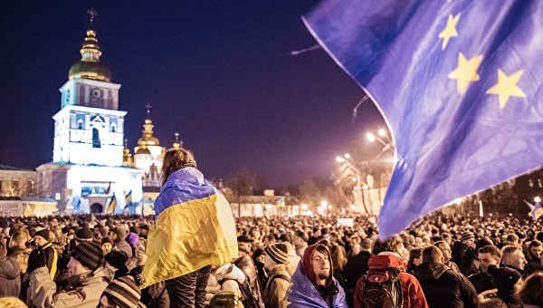 «Скорее будет трибунал над хунтой, чем безвизовый режим для Украины»