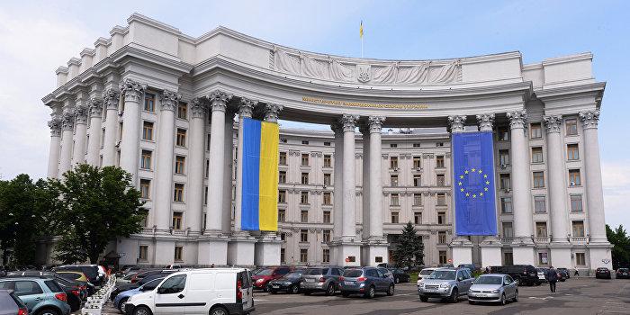 МИД Украины: Перспектива безвизового режима отдаляется