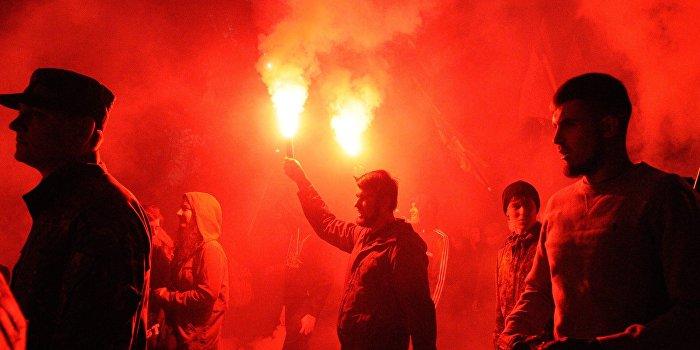 Националисты прошли маршем по Запорожью под лозунгом «Убей москаля!»