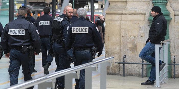 В Париже установлены личности террористов-смертников
