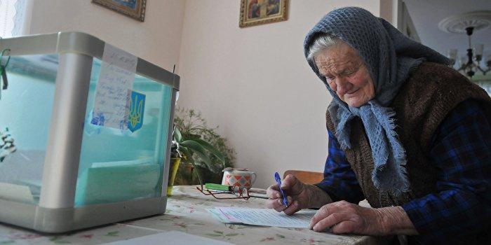 Второй тур выборов мэров проходит в 29 городах Украины