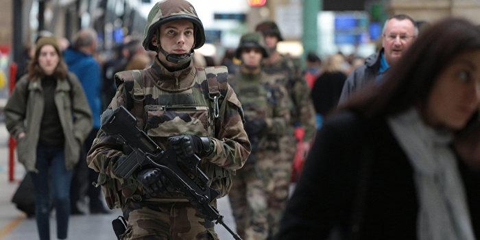 Stratfor: Франция может направить свои войска в Сирию и Ирак