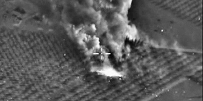 Франция нанесла авиаудар по позициям ИГИЛ в Сирии