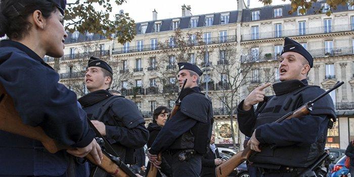 Премьер Франции: Террористы могут нанести удары вновь
