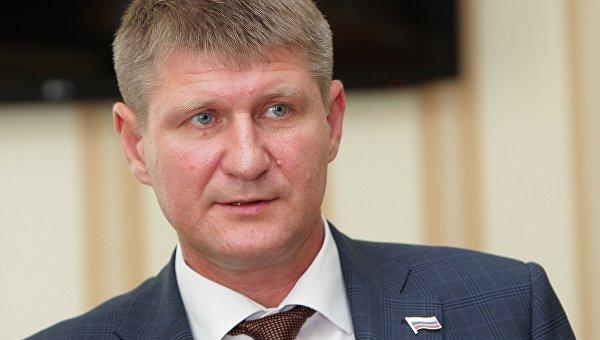 Главные города Крыма, больницы и транспорт уже обеспечены электроэнергией