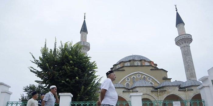 Крымские татары осудили организаторов энергетической блокады