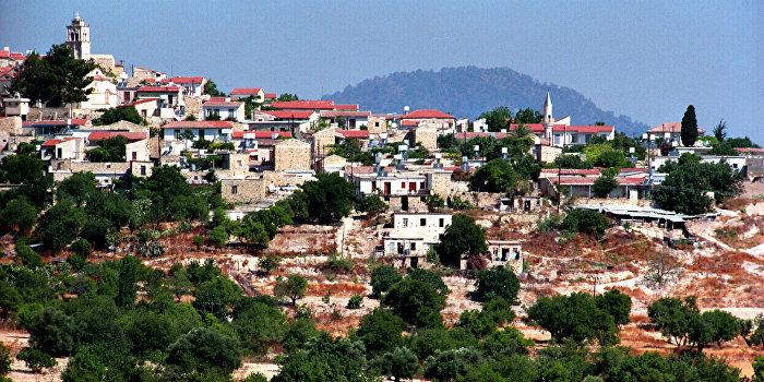 Общественность Кипра просит разместить на острове российскую военную базу