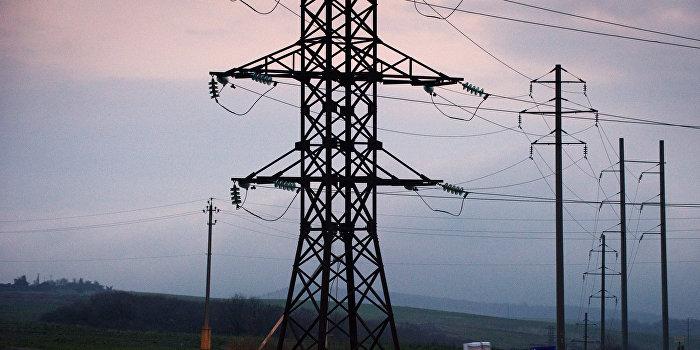 Крым начал получать электричество с Кубани