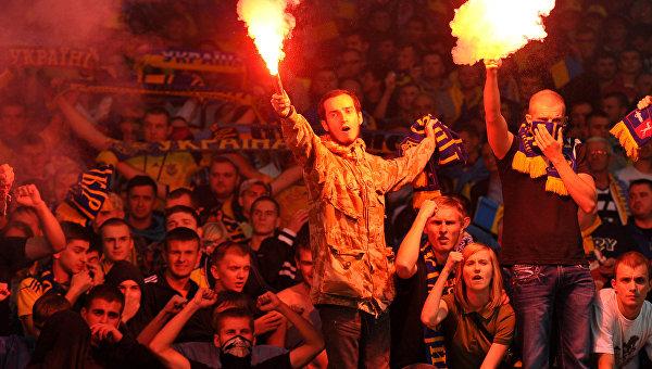 УЕФА наказал Украину за нацизм