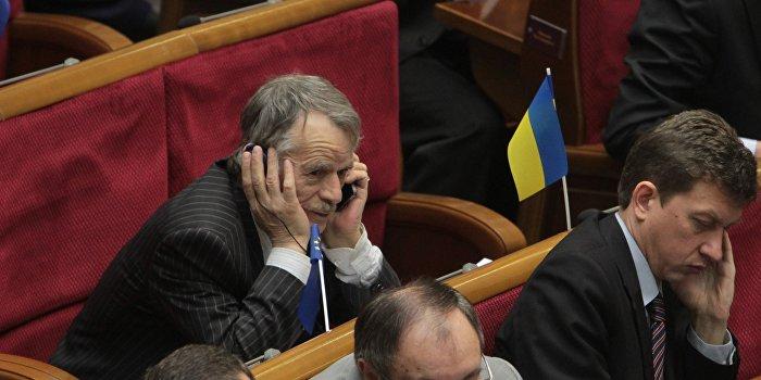 Джемилев: СБУ склоняется к версии о подрыве ЛЭП «российскими диверсантами»