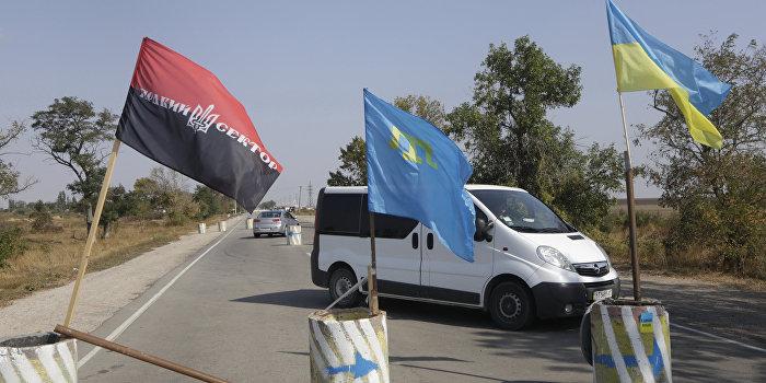 «Активисты» не дают провозить в Крым генераторы и свечи