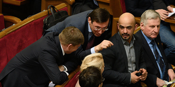 Найем: Отказ Фирташа от въезда на Украину - раунд договорного матча с олигархами