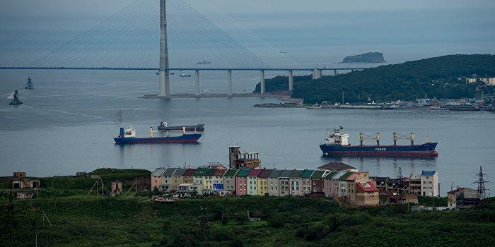 Четыре корабля России заблокированы в турецком порту Самсун