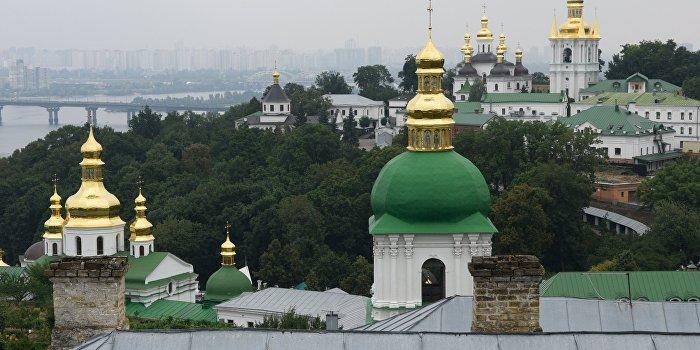 Киево-Печерскую лавру снова хотят отобрать