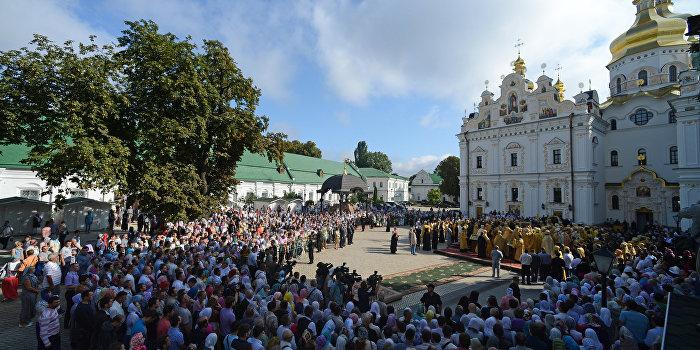 Киевская городская власть не может решать судьбу Киево-Печерской Лавры