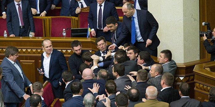 «Оппозиционный блок» призвал к роспуску Верховной Рады