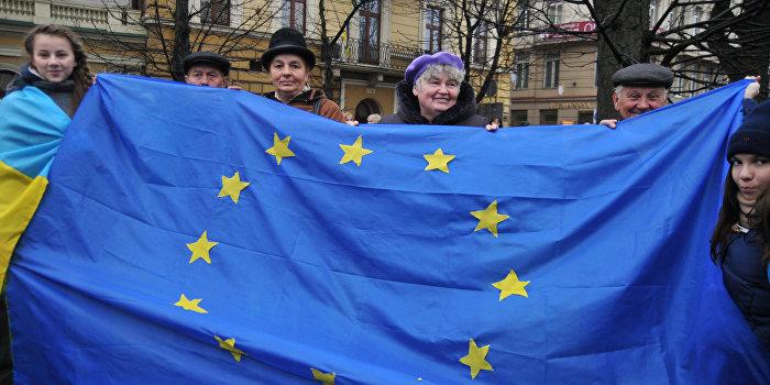 Еврокомиссия одобрила введение безвизового режима с Украиной