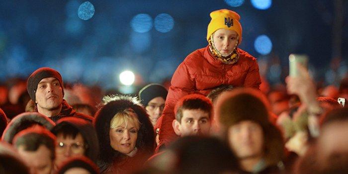 Кабмин поздравил украинцев с Новым годом и дефолтом